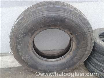 Nova kamionska guma 11.00 R20 Taurus