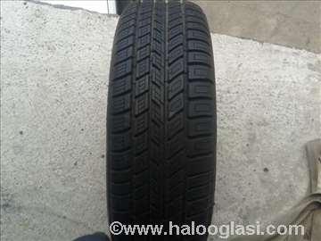 Nova letnja guma 195/65 R15 Michelin