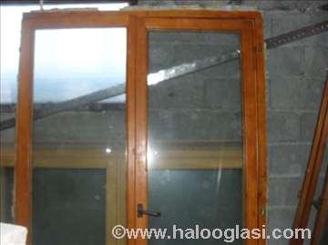 Drvena balkonska vrata dvokrilna