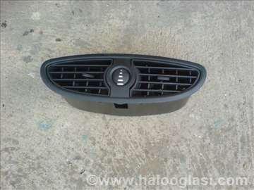 Renault Clio 3 centralni difuzor