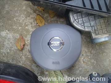 Nissan Micra 04 airbag