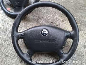 Opel Vectra B volan +beg MMf Cetiri krak