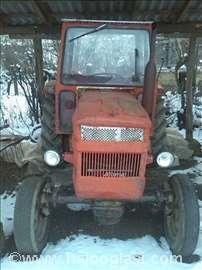 Traktor Universal