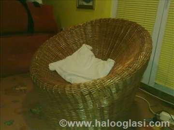 Fotelja od pruća