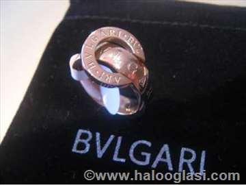 Bvlgari prsten sa pomerajućim gornjim delom