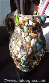 Vaza stara više od 40 god.