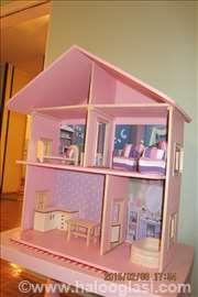 Kućice za lutke i barbike od drveta