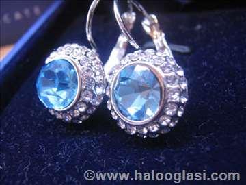 Swarovski minđuše plavi dijamant!