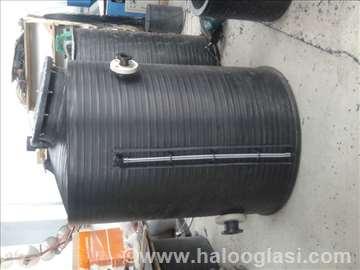 Plastični rezervoar za vodu