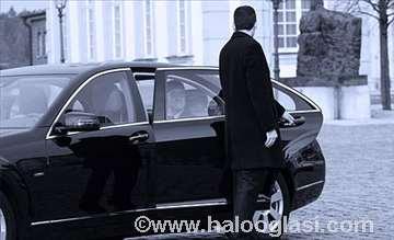 Iznajmljivanje vozila sa vozačima / poslovni taxi