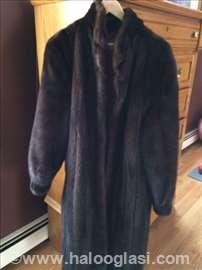 Saga Mink ženska bunda-nerc- vrhunski kvalitet