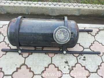 Plinska boca ispravna-skinuta sa auta