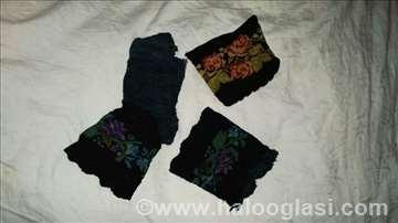 Novčanik i tkane/pletene čarape iz 19. v