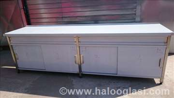 Radni sto 290-70-85 sa kliznim vratima