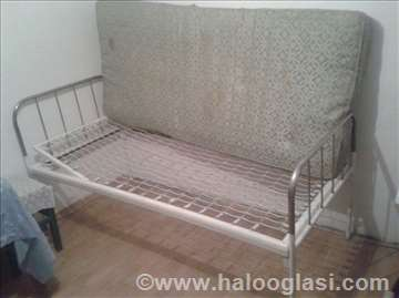 Mehanički bolnički krevet