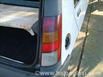 Renault 5 desno stop svetlo