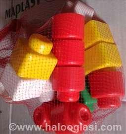 Alat za brizganu plastiku - kocke za decu