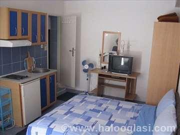 Crna Gora, Baošići, apartmani i sobe