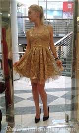 Divna svečana haljina