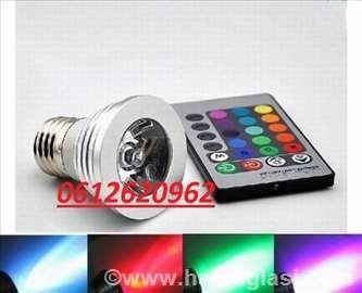 RGB LED sijalica sa 16 boja