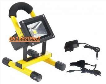 Prenosni LED reflektor 10W