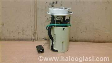 Alfa 147 benzinska pumpa
