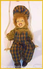 Lutka na ljuljašci