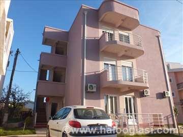 Crna Gora, Šušanj, apartmani