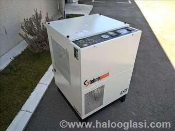 Polovan vijčani kompresor Bottarini - 11 kW