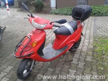 Skuter Motor Moped Kymco 49ccm