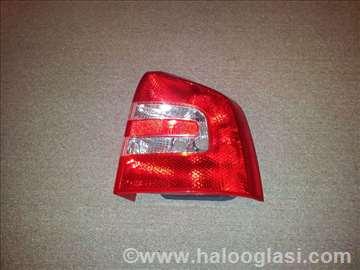 Stop svetlo Skoda Octavia 04-08 karav. D