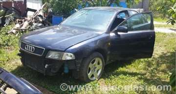 Audi A4 2.4 Razni Delovi