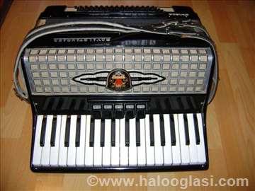 2 jeftine harmonike od 60 i 80 basova