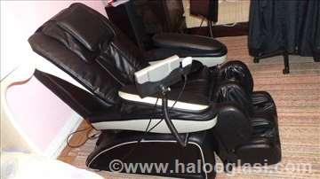 Masažer fotelja