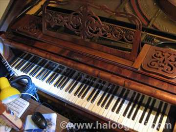 Bečki polukoncertni klavir