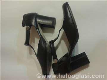 Cipele, br. 40. koža, italijanske