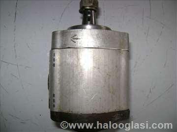 Hidraulična zupčasta pumpa
