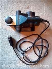 Bosch električna renda GHO 36-82 C