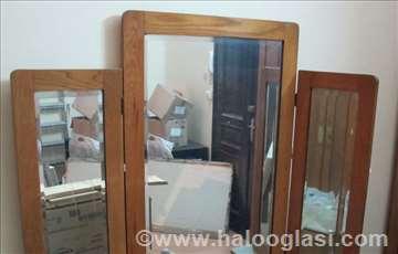 Toalet-polica sa ogledalom