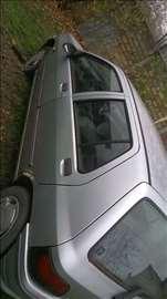 Delovi za Renault Clio 1,4 benzin 1993