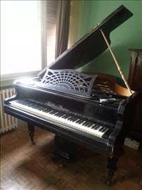 Prodajem polukoncertni klavir