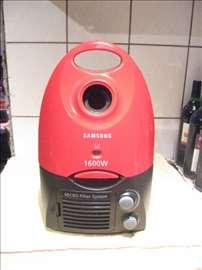 Samsung usisivac 1600w