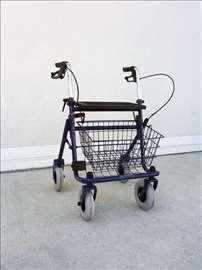 Nova hodalica/rolator Thausne