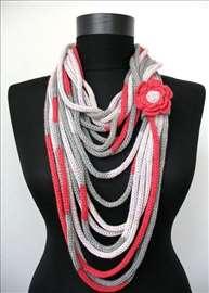 Šal ili ogrlica-zavisi od mašte