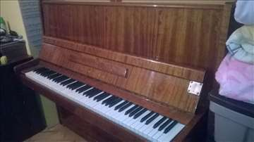 Hitno prodajem pianino