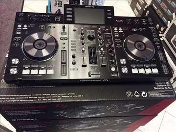 Čisto nov Pioneer XDJ-RX rekordbox DJ