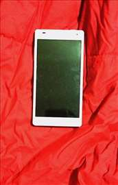 Prodajem  LG Optimus 4X HD P880