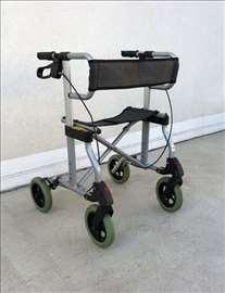 Aluminijumska hodalica, lagana, u odličnom stanju