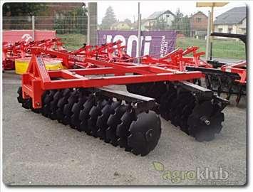 Traktorska tanjirača