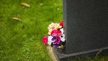 Održavanje grobova i grobnih mesta